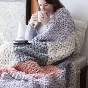 Mega Cabin Blanket - chunky handknit blanket