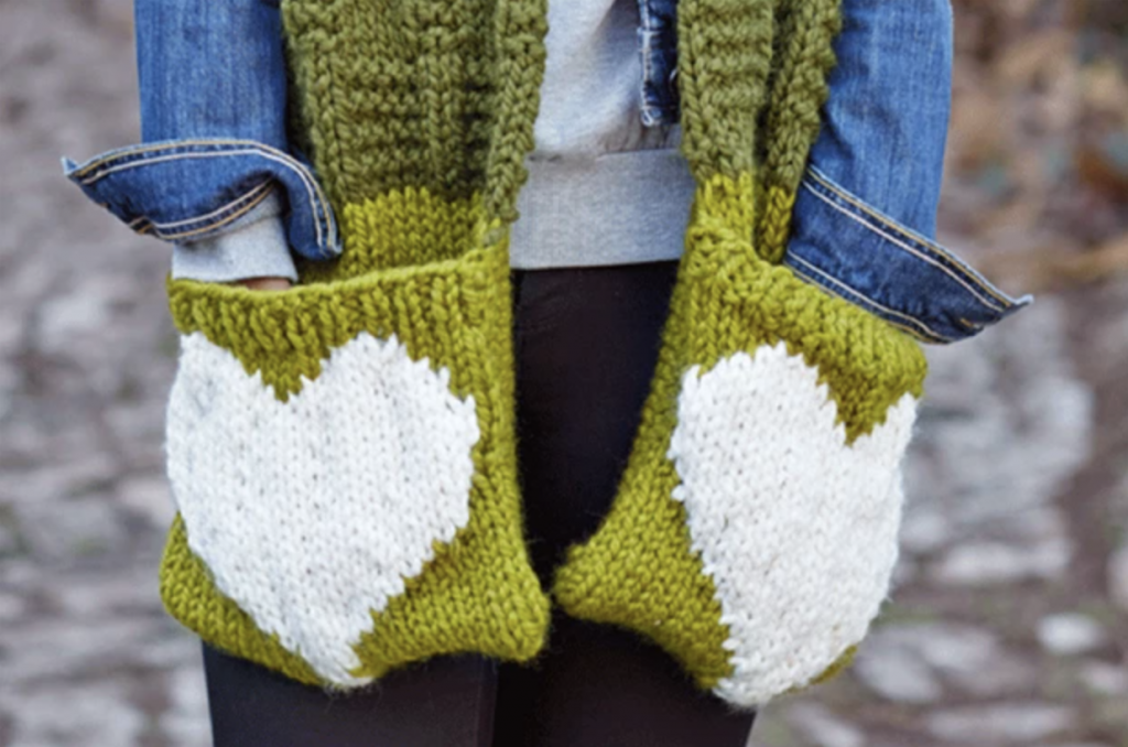 Scarf with Heart Pockets pattern by Kirstie McLeod