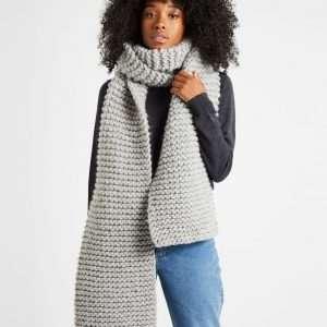 Wool and the Gang | Foxy Roxy Scarf - Tweed Grey